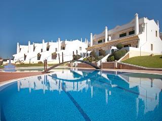 VILLA RAFAELLA - Albufeira vacation rentals