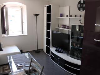 Apartment Tudor - Central Dalmatia Islands vacation rentals