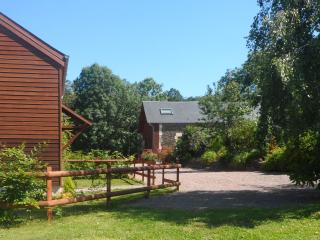 Cozy 2 bedroom Gite in Thury-Harcourt with Internet Access - Thury-Harcourt vacation rentals