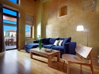DOROTHEOU HOUSE - DELUXE HOUSE - Chania vacation rentals