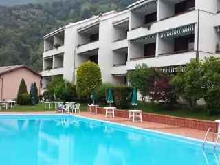 1 bedroom Condo with Swing Set in Introbio - Introbio vacation rentals
