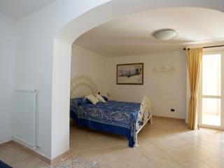 Nice Bed and Breakfast with Internet Access and Central Heating - Diano Marina vacation rentals