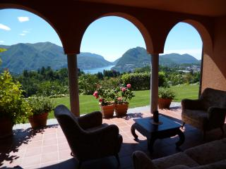 Sunny Condo with Internet Access and Satellite Or Cable TV - Lugano vacation rentals