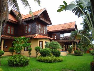 Perfect Villa with Internet Access and A/C - Vientiane Province vacation rentals