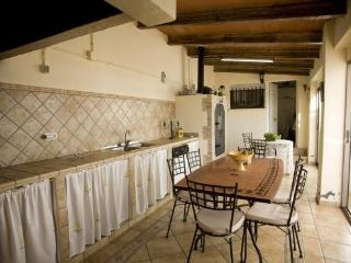 Nice 4 bedroom Villa in Callosa d'En Sarria with Television - Callosa d'En Sarria vacation rentals