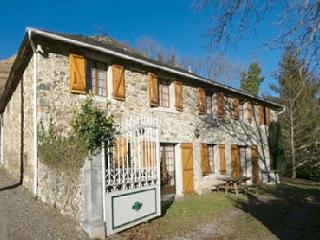 Lovely 5 bedroom House in Laruns with Internet Access - Laruns vacation rentals