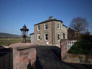 Holiday Home in Alyth with Hot Tub & Cinema Room - Alyth vacation rentals
