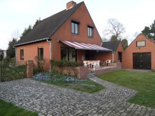 Nice Villa with Internet Access and Central Heating - Bruges vacation rentals