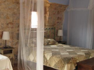 Traditional   House - Vessa vacation rentals