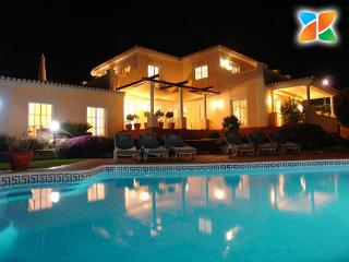 4 bedroom Villa with Internet Access in Almancil - Almancil vacation rentals