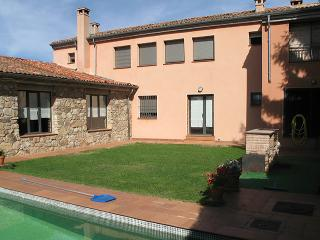5 bedroom Villa with Satellite Or Cable TV in Torrecaballeros - Torrecaballeros vacation rentals
