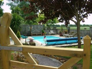 Tor Farm Large Holiday Cottage - Cheddar vacation rentals