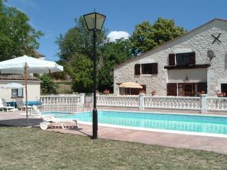 Les Granges - Jonquille - Sainte Foy-la-Grande vacation rentals