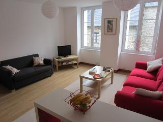 66 Rue St Malo -chic, modernised stone-built house - Dinan vacation rentals
