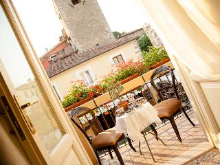 Casa Gala b&b and restaurant - Montecatini Alto vacation rentals