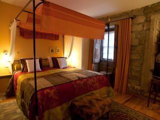 20 bedroom Resort with Internet Access in Aldeia das Dez - Aldeia das Dez vacation rentals