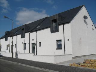 3 bedroom House with Internet Access in Stirling - Stirling vacation rentals