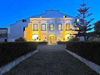 Nice 10 bedroom House in Es Castell - Es Castell vacation rentals