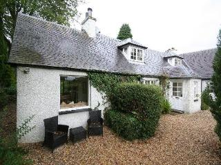 Lovely 4 bedroom Stirling Cottage with Internet Access - Stirling vacation rentals