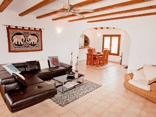 4 bedroom Villa with Internet Access in Pego - Pego vacation rentals