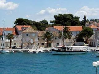 Apartment Franka - Sutivan vacation rentals