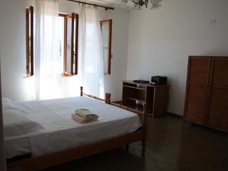 Nice 2 bedroom Siliqua Bed and Breakfast with Internet Access - Siliqua vacation rentals