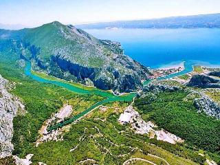Villa with pool between Split and Omis - Omis vacation rentals