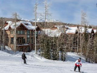 The grass is greener on this side - Ski in/out, Mountain Village core, Golf course close nearby - Trailside at Pine Meadows - Mountain Village vacation rentals