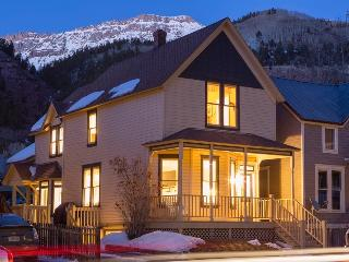 A modern classic - Private deck and hot tub, heart of Telluride - Caskey Home - Telluride vacation rentals