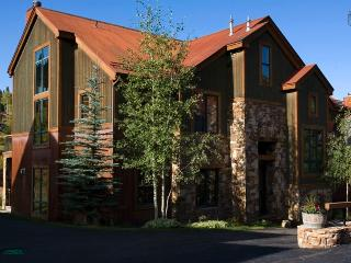 Meadows, mountains, and more - Ski in/out - Meadow Grove at the Terraces - South Lake Tahoe vacation rentals