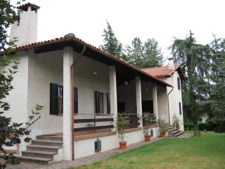 2 bedroom Villa with Internet Access in Sasso Marconi - Sasso Marconi vacation rentals