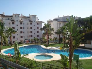 2 bedroom Apartment with Parking Space in Sitio de Calahonda - Sitio de Calahonda vacation rentals