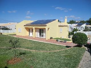 Moradia Vale de Éguas - Almancil vacation rentals