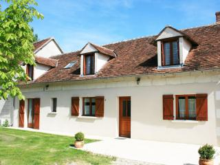 Nice Gite with Internet Access and A/C - Cere La Ronde vacation rentals