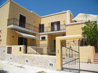 Romantic 1 bedroom Marsala House with Television - Marsala vacation rentals