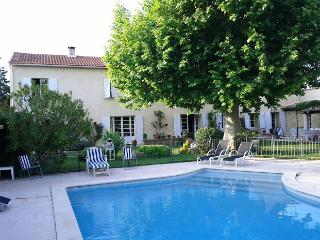 Bright 4 bedroom House in Salon-de-Provence with Internet Access - Salon-de-Provence vacation rentals