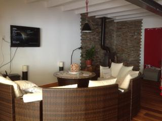 Nice Villa with Internet Access and Dishwasher - La Flotte vacation rentals