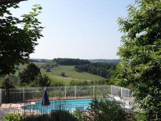 """Les Hauts du Coustalier Haus """"RUBIS"""" - Dordogne Region vacation rentals"""