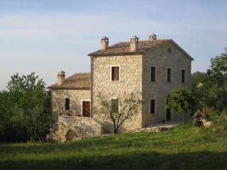 2 bedroom House with Balcony in Abbateggio - Abbateggio vacation rentals