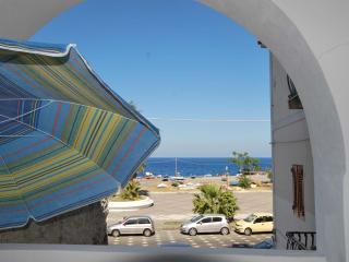 Cannella beach studio wifi Canneto Lipari sea view - Lipari vacation rentals