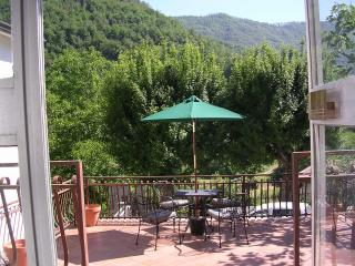 Casa Monica - Bagnone vacation rentals