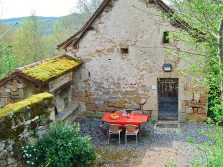 Nice Gite with Internet Access and A/C - Figeac vacation rentals