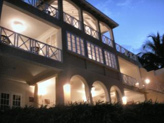 Beautiful Villa with Internet Access and A/C - Holetown vacation rentals