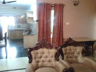 large Furnished flat atsouth end circle Jayanagar - Bangalore vacation rentals