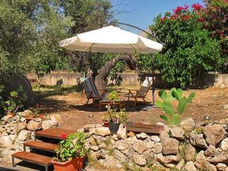 2 bedroom Villa with Outdoor Dining Area in Province of Trapani - Province of Trapani vacation rentals