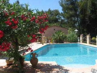 Nice House with Internet Access and Grill - La Valette-du-Var vacation rentals