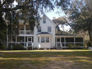 4 bedroom House with Porch in Murrells Inlet - Murrells Inlet vacation rentals