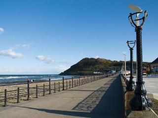 2 bedroom Apartment with Internet Access in Bray - Bray vacation rentals