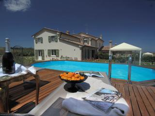 Marcheholiday Oleandro - Tavullia vacation rentals