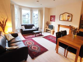 Bright Condo with Washing Machine and Television - Ilkley vacation rentals